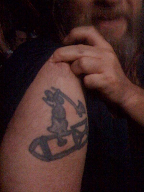 Maus Mit Bombe Tattoo